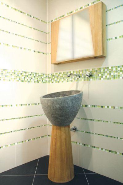 paves briques de verres mosa ques et galets mananjary verre vert marbre blanc mosa que. Black Bedroom Furniture Sets. Home Design Ideas