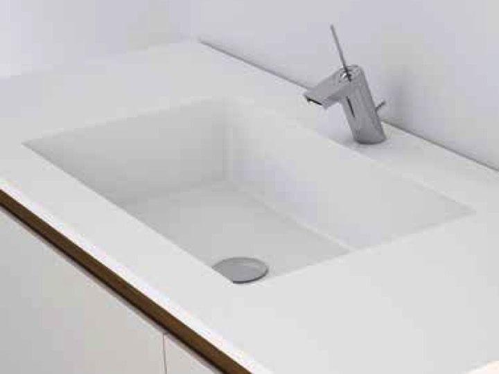 vasques corian type plan toilette avec vasque int gr e type corian en r sine min rale solid. Black Bedroom Furniture Sets. Home Design Ideas