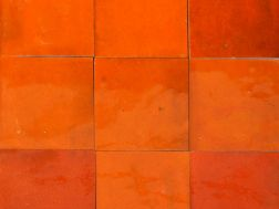 Zellij 10X10 Orange P�tillant - Carrelage Zelliges unis, c�ramique marocaine artisanale
