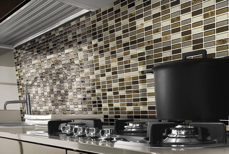 Paves briques de verres mosa ques et galets giava - Mosaico per cucine ...